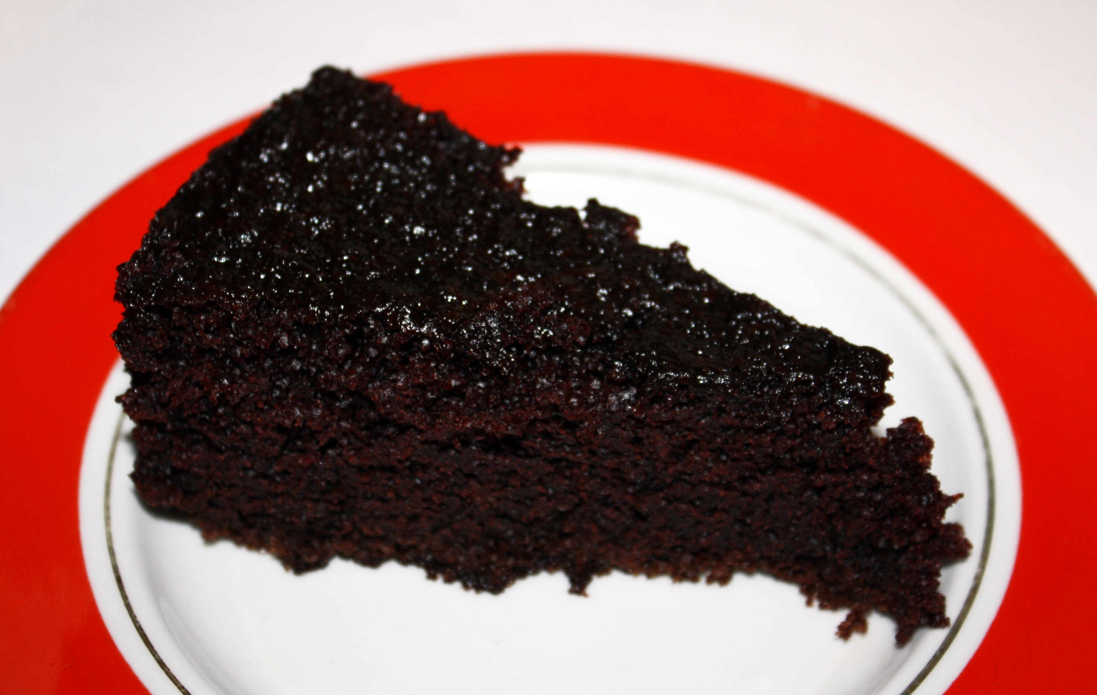 dark chocolate cake for dark, cold days | procrasticooking